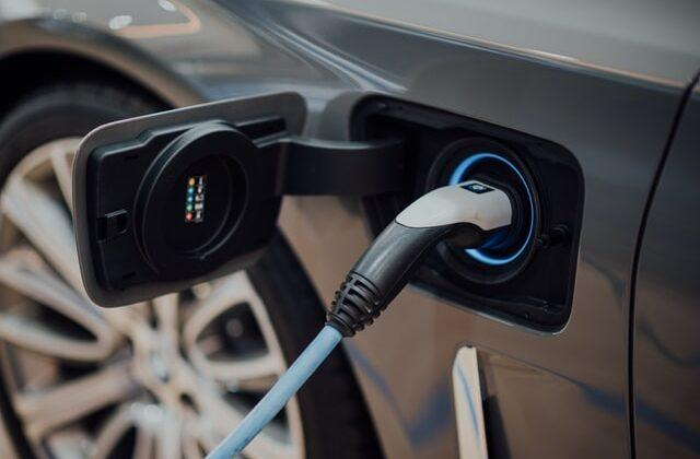 Why you should buy an electric car persuasive essay